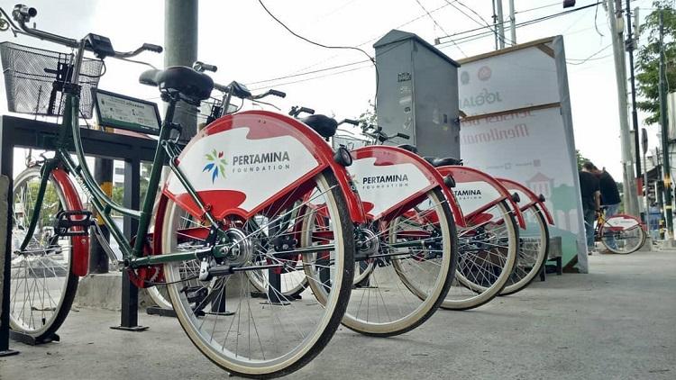 Menyewa sepeda, Sumber : tripzilla.id